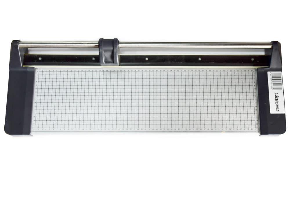 Roller Paper Cutter 620 1
